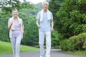 老人患上节段型白癜风应该怎么办好